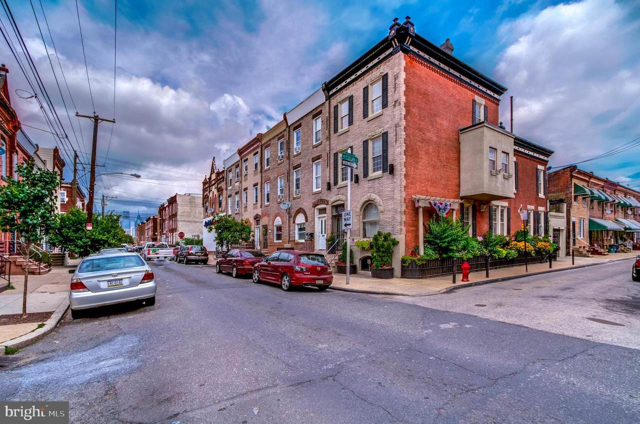 1813 18TH Street - Photo 1