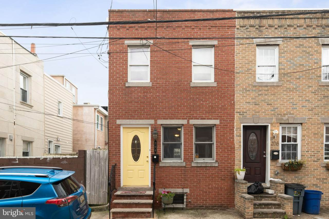 206 Mcclellan Street - Photo 1