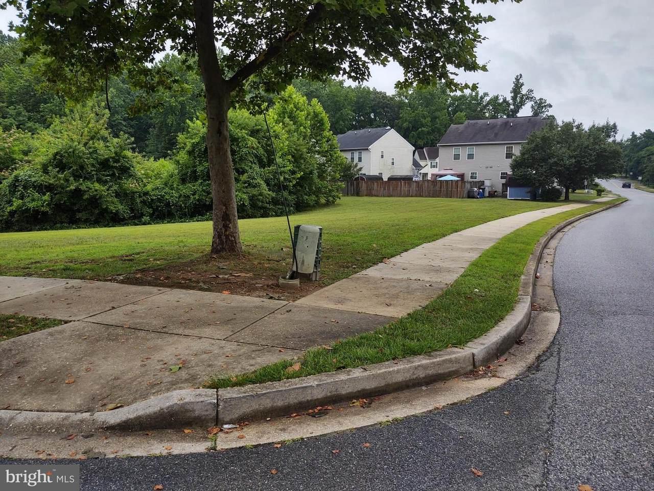 111 Old Field Lane - Photo 1