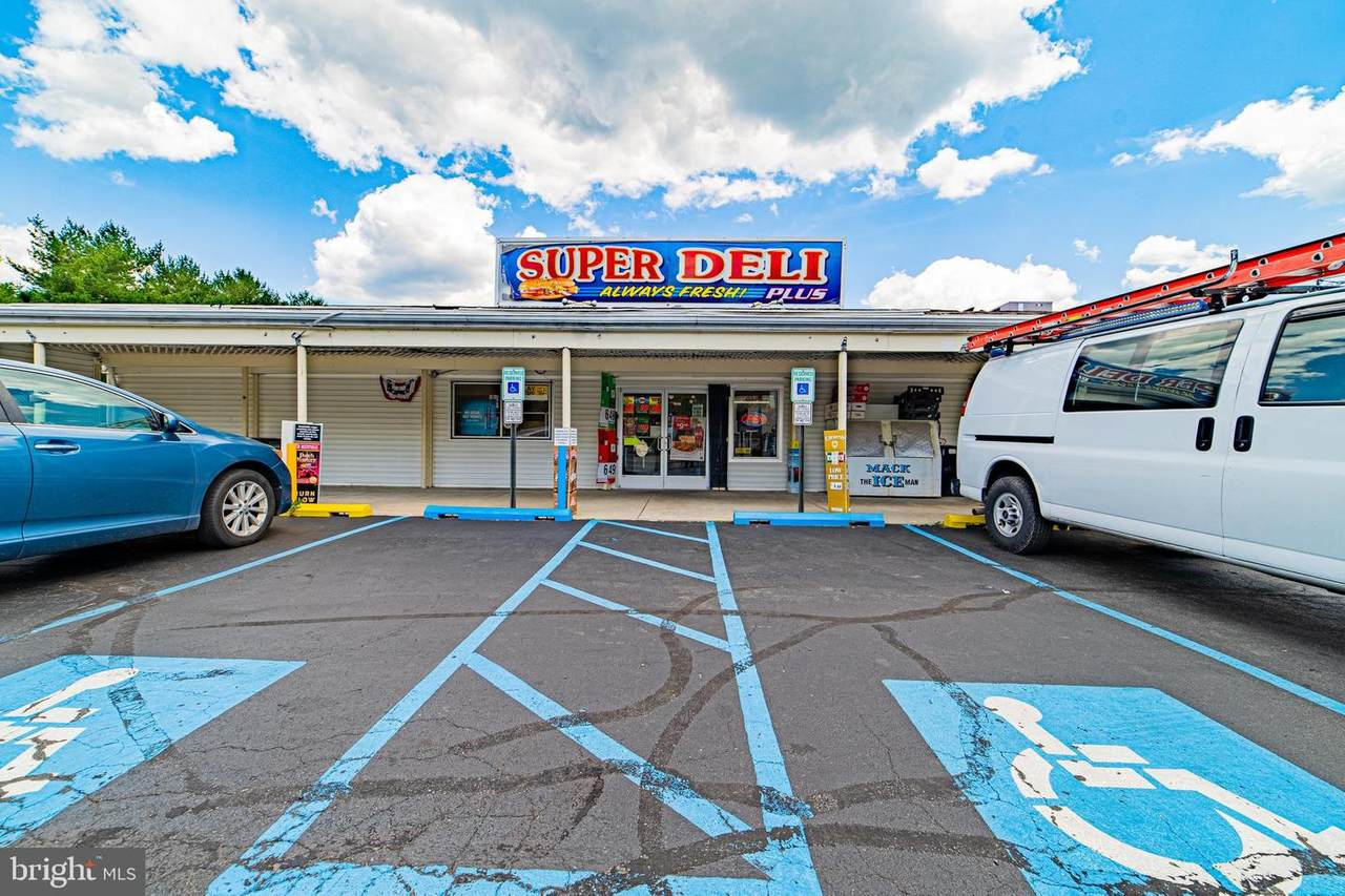 901 Boulevard Route 50 - Photo 1