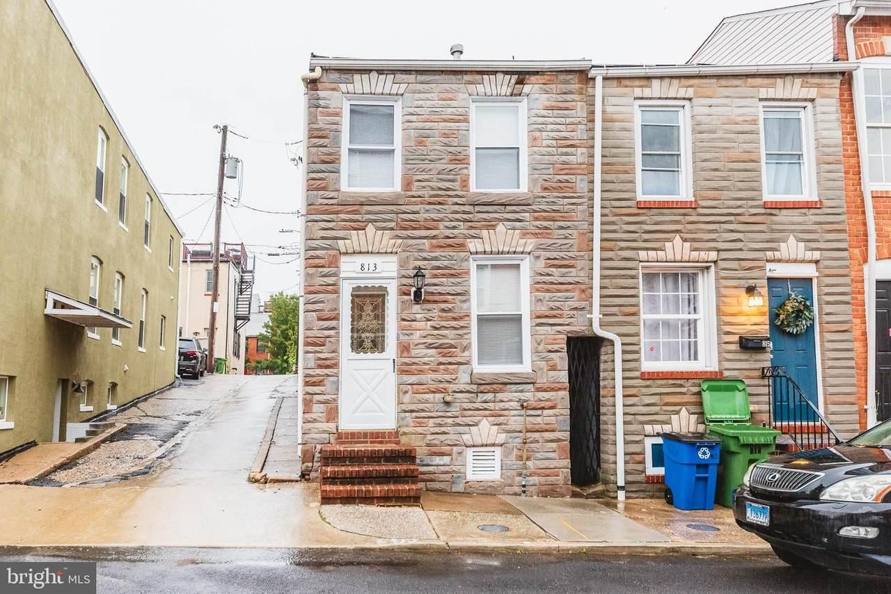 813 Curley Street - Photo 1