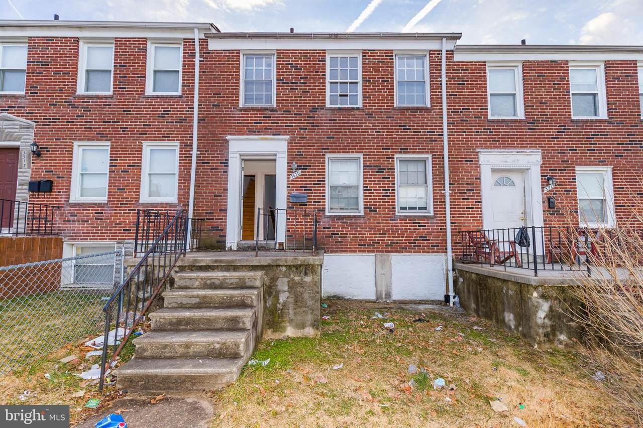 3515 Pelham Avenue - Photo 1