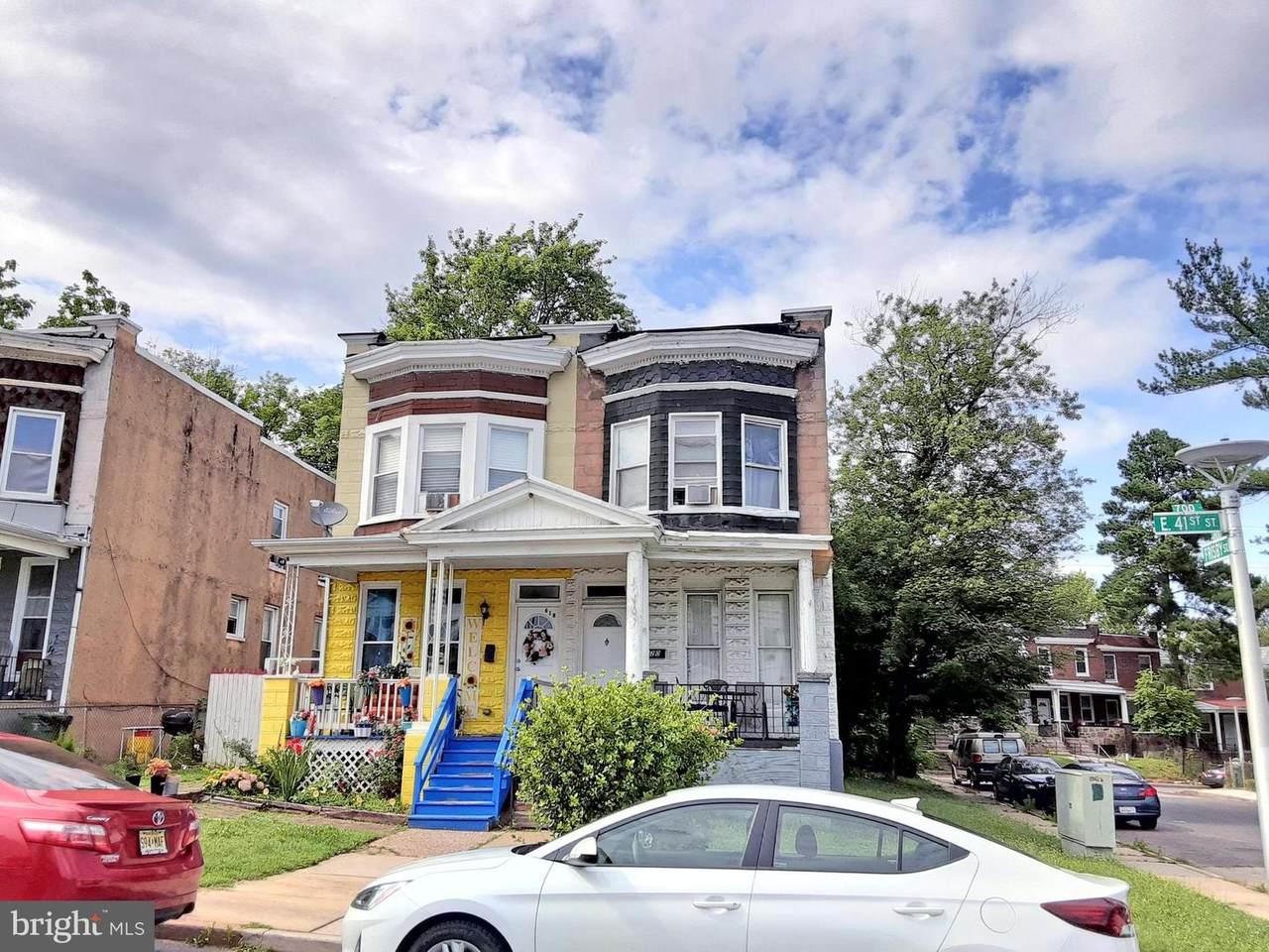 620 41ST Street - Photo 1