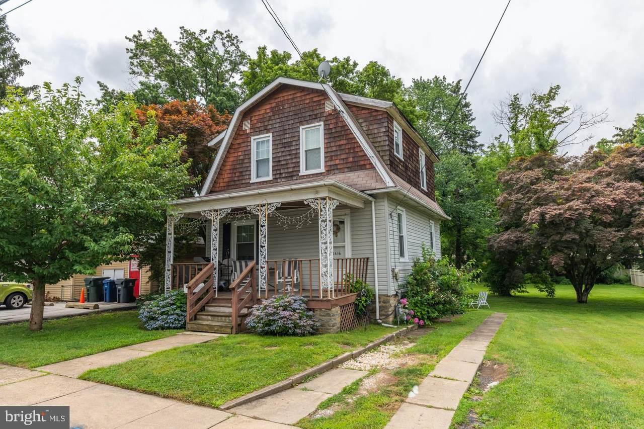 2416 Avondale Avenue - Photo 1