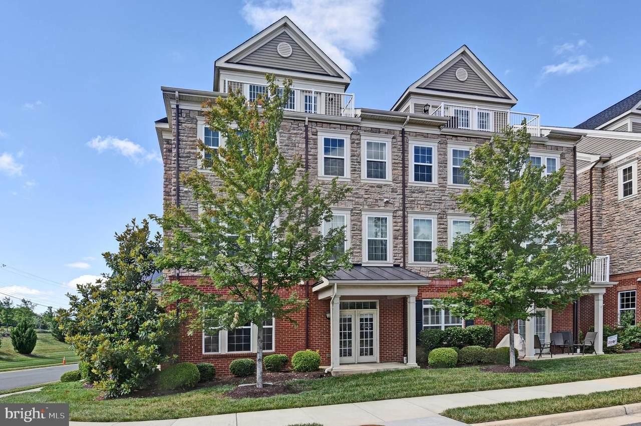 42622 Hardage Terrace - Photo 1