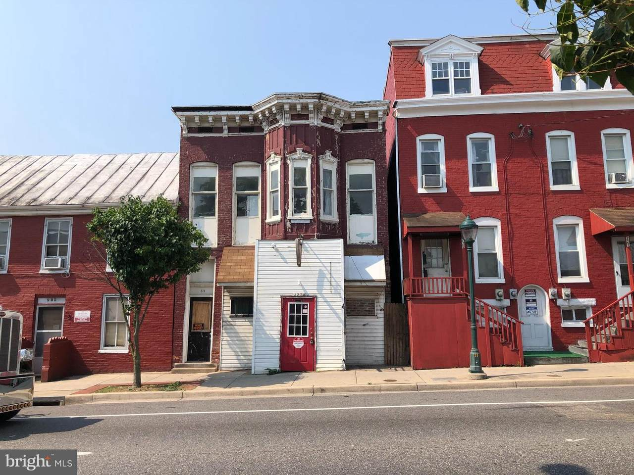 221 Franklin Street - Photo 1