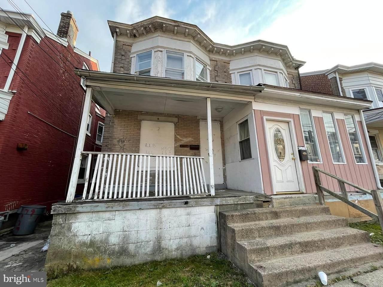181 Rosemont Ave - Photo 1