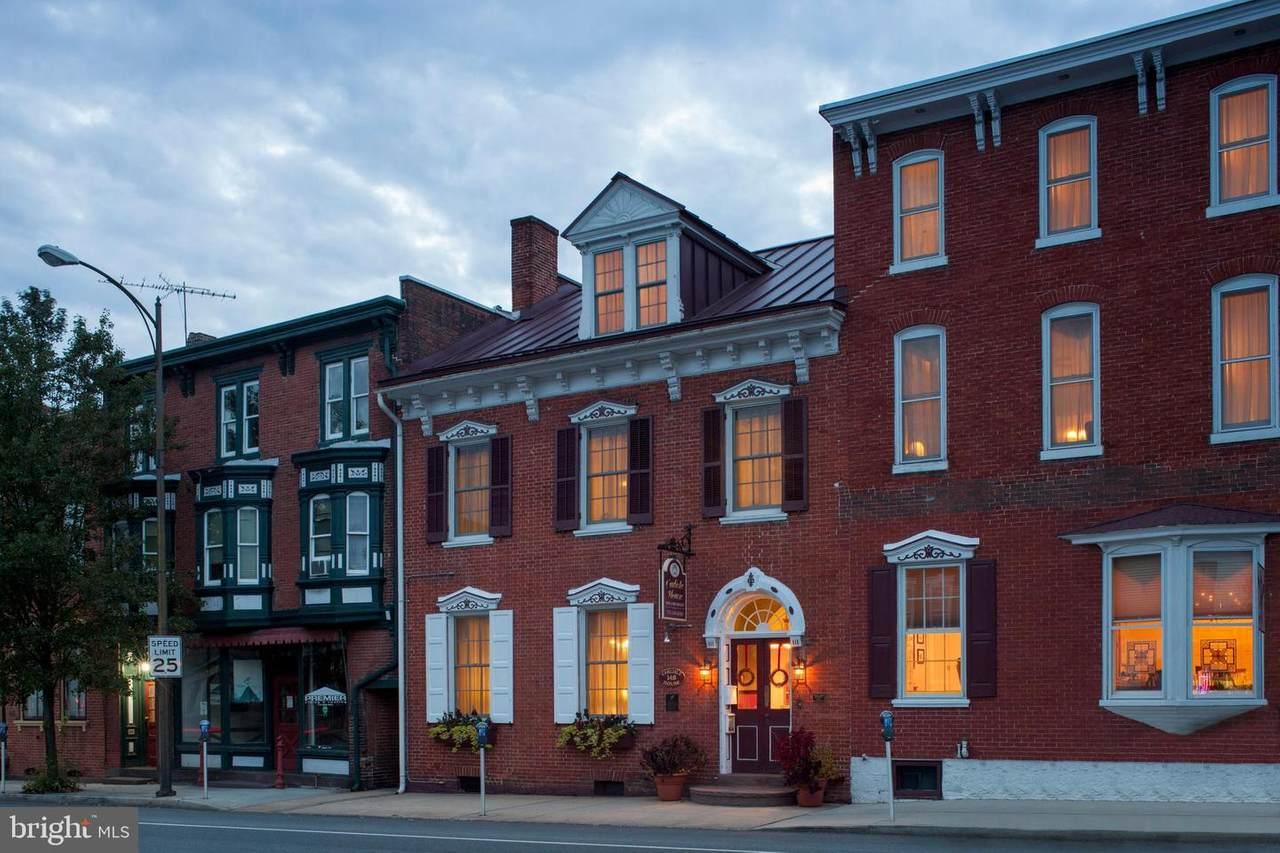 148 Hanover Street - Photo 1