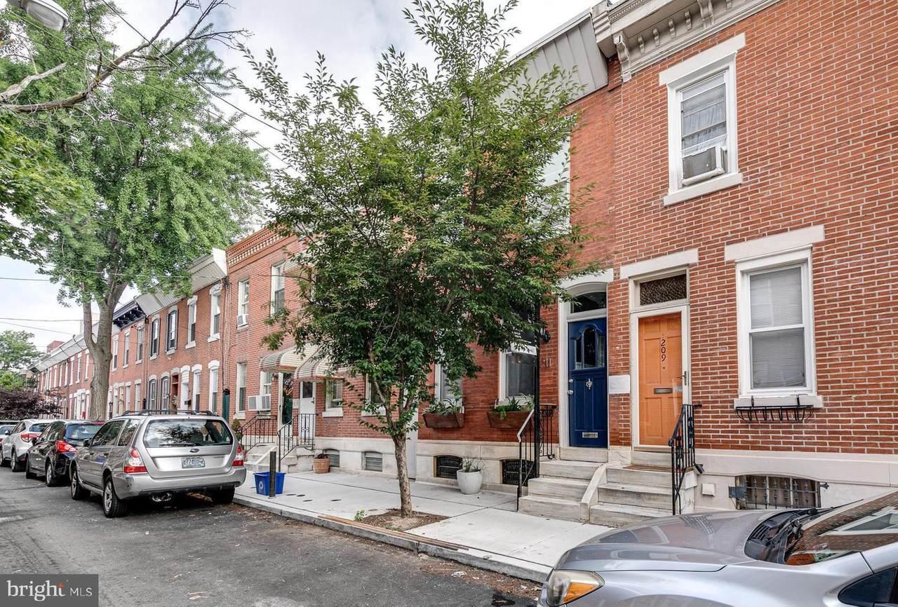 211 Watkins Street - Photo 1