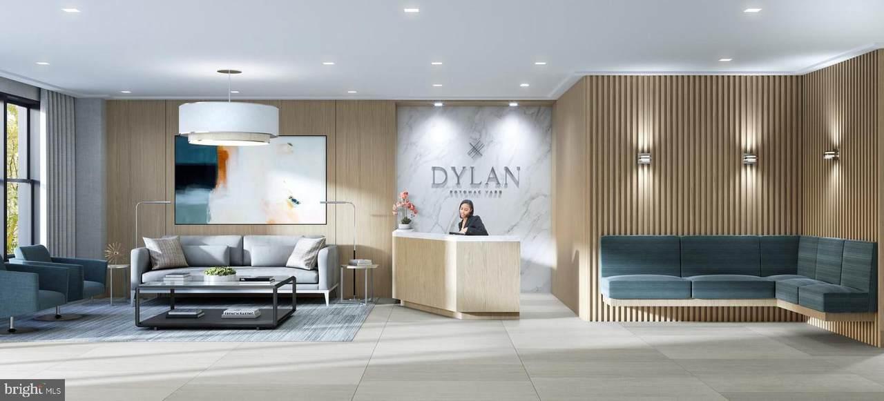 701 Swann Avenue - Photo 1