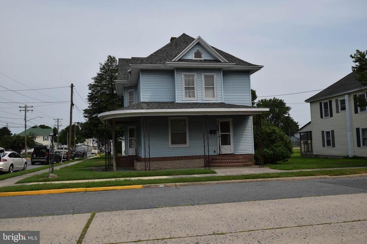 312 Walnut Street - Photo 1