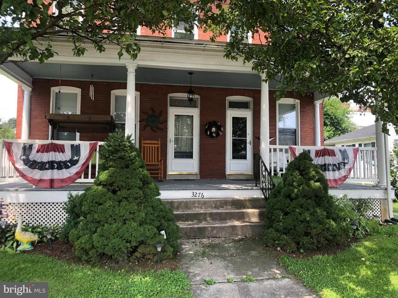 3276 N George Street - Photo 1