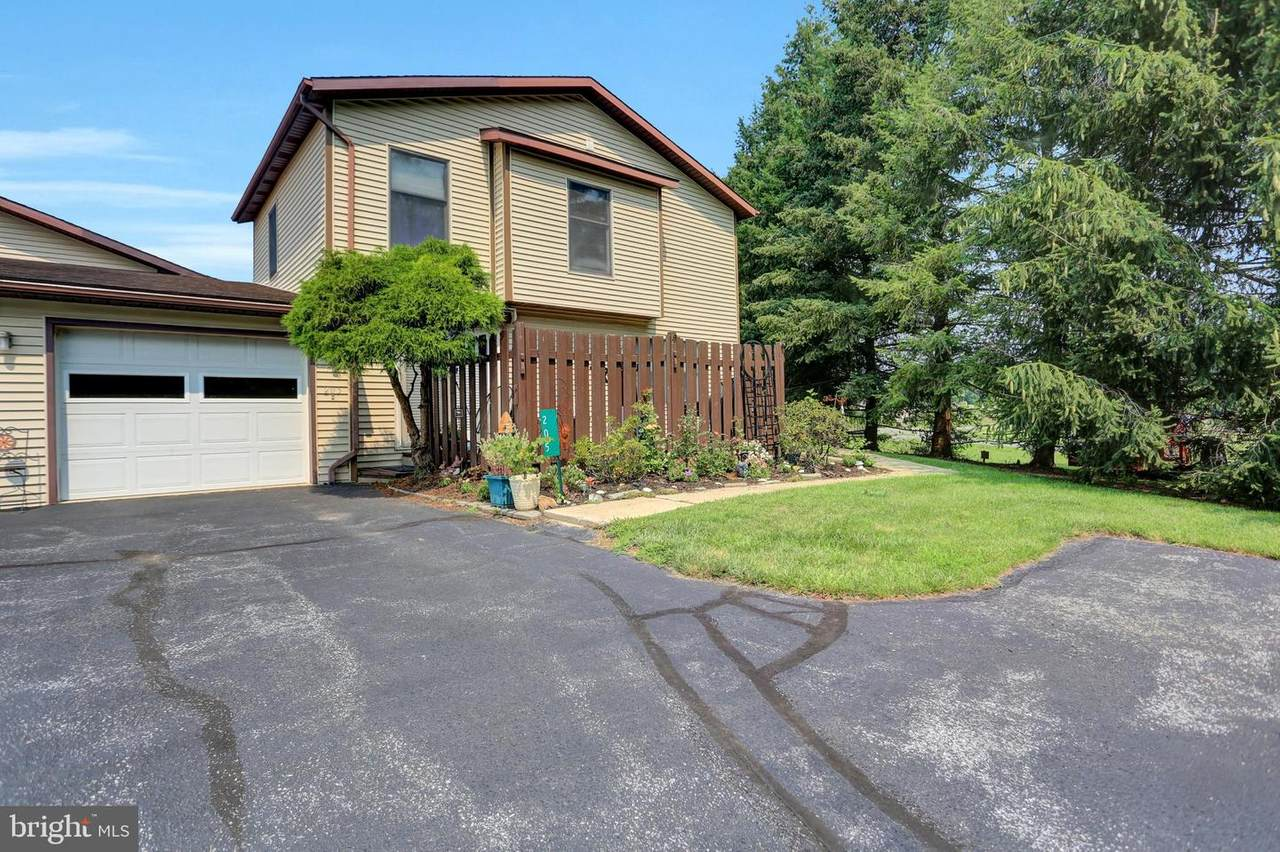205 Park Heights Avenue - Photo 1