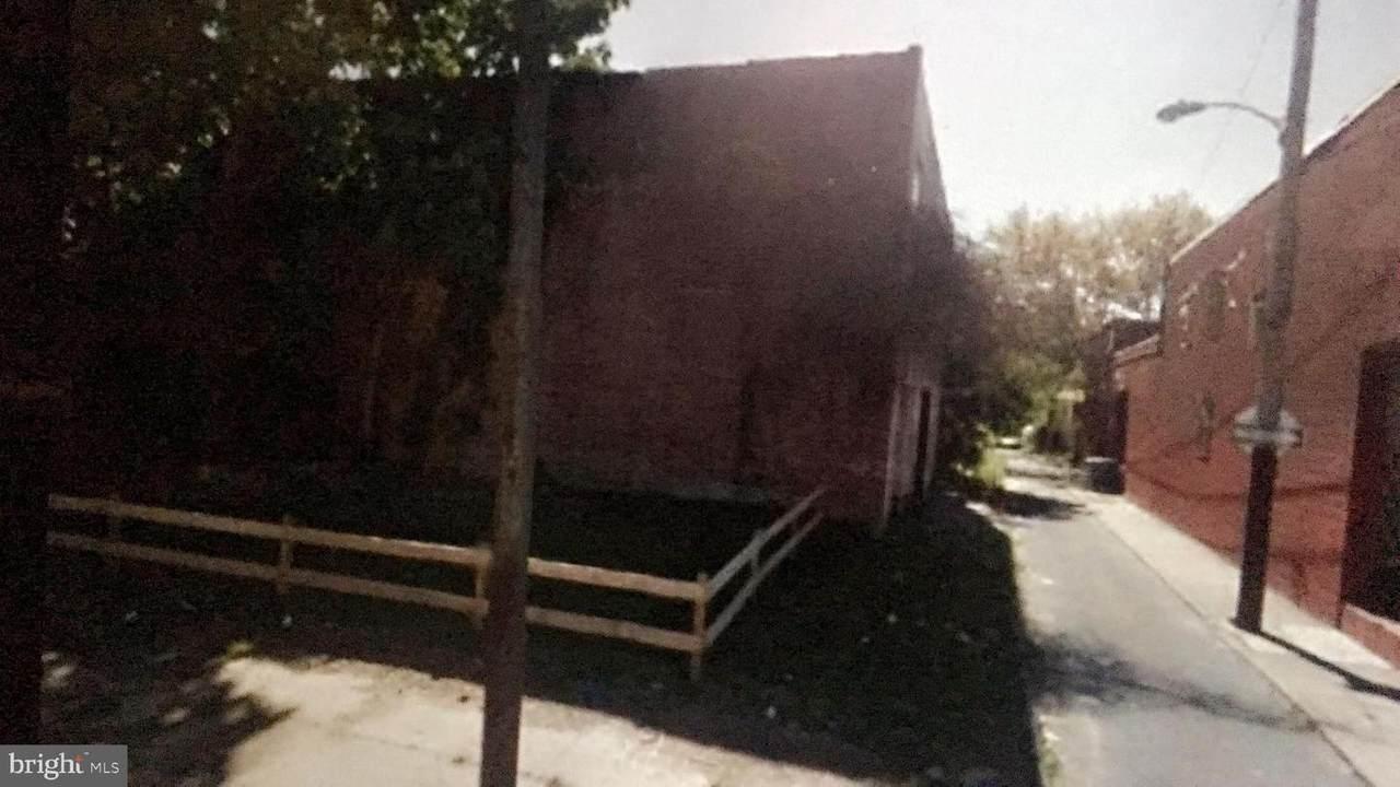 4002 Ogden Street - Photo 1