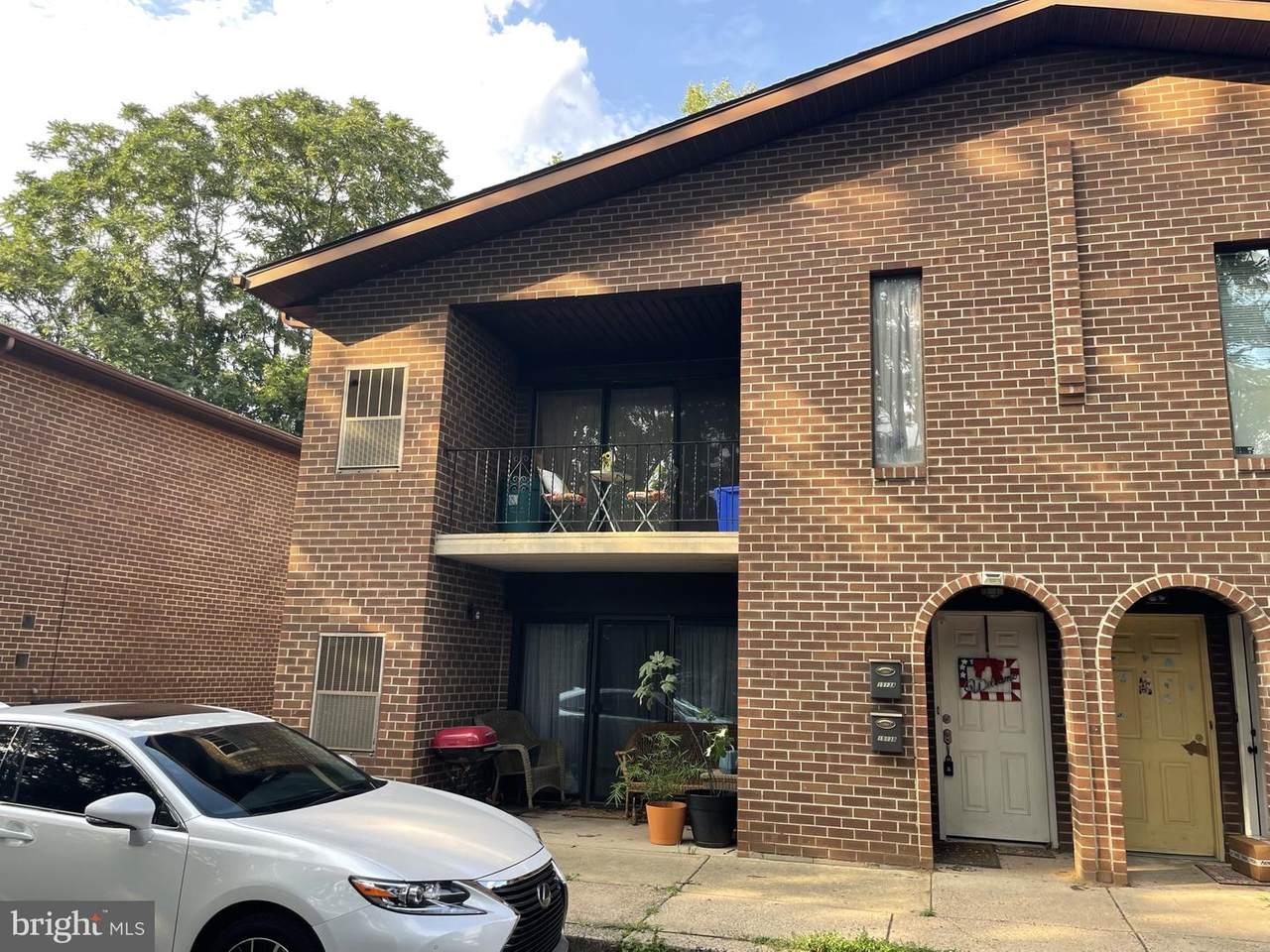 1513 Grant Avenue - Photo 1