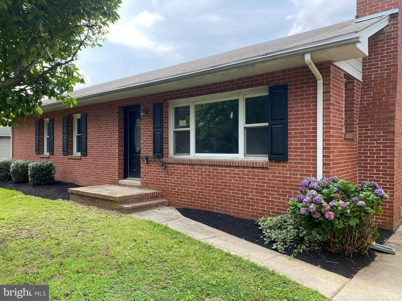 28295 School House Road - Photo 1