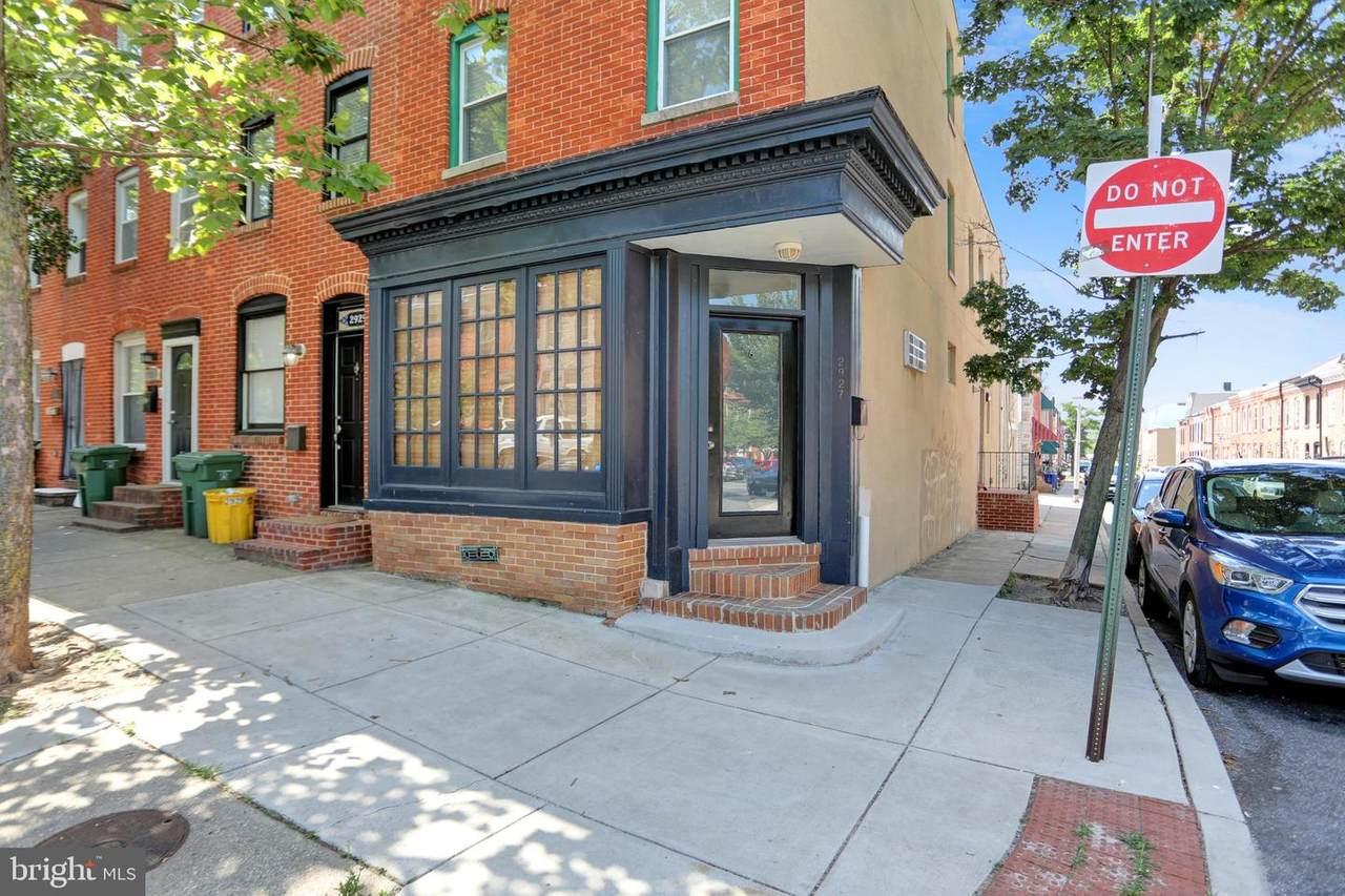 2927 Hudson Street - Photo 1