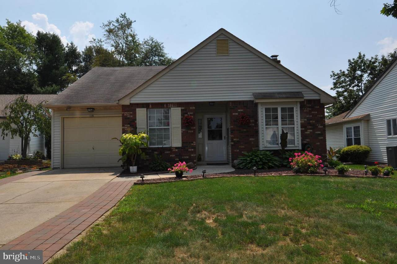 119 Carriage Hill Court - Photo 1