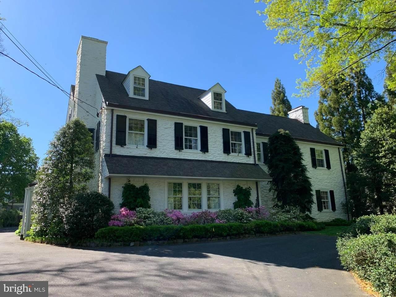 140 Chestnut Hill Avenue - Photo 1