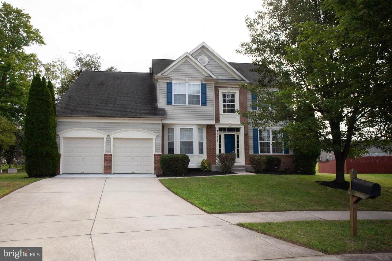 7756 Picadilly Court - Photo 1