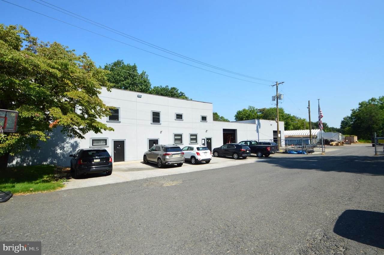 101 Laurel Avenue - Photo 1