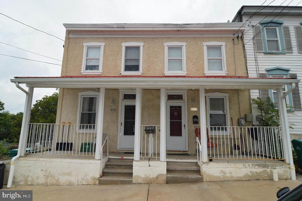 557 Howard Street - Photo 1