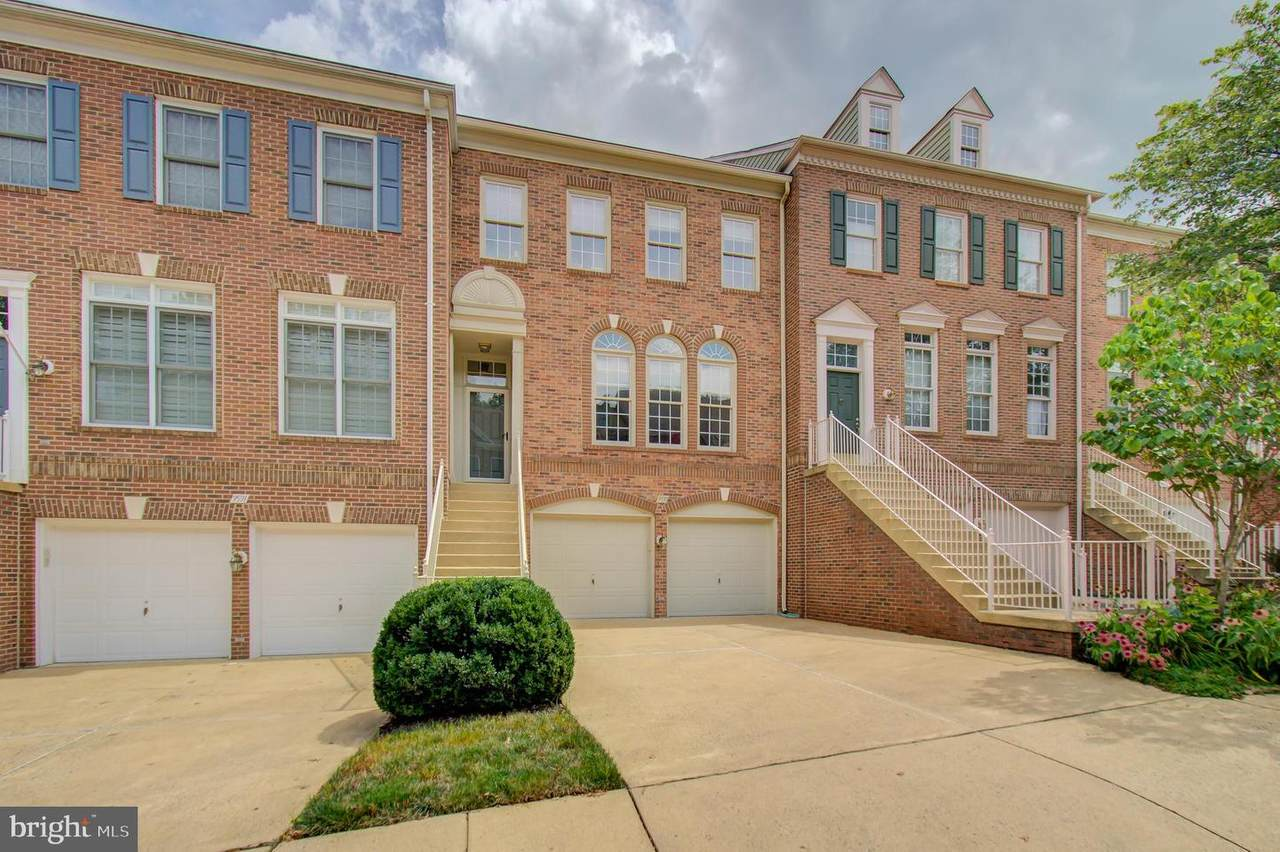 9593 Lagersfield Circle - Photo 1