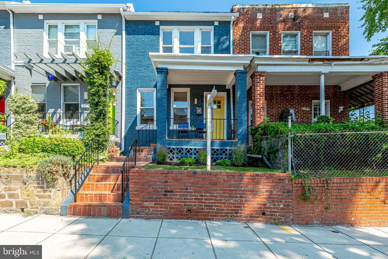 236 Cromwell Terrace - Photo 1