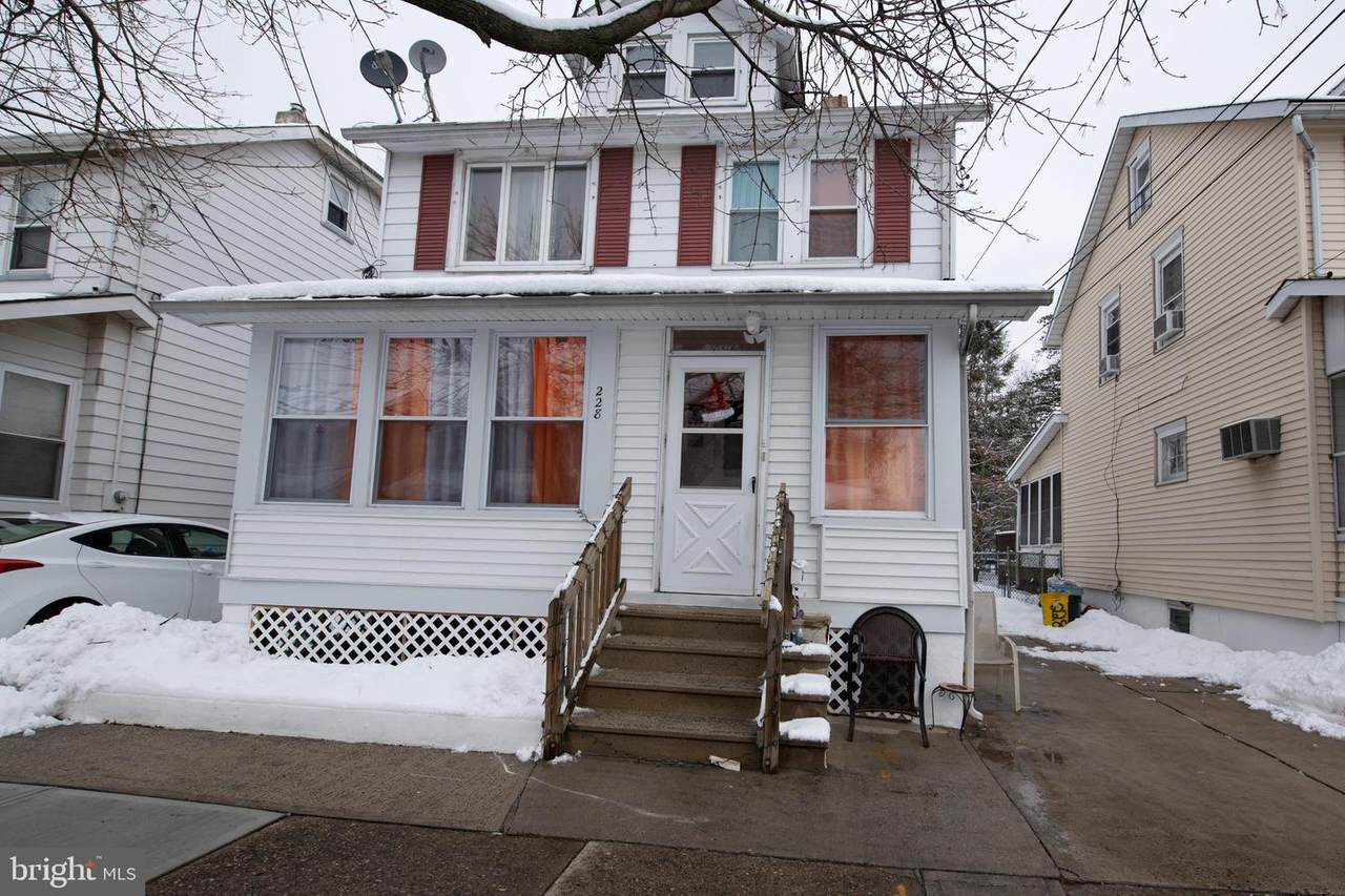 228 Emanuel Street - Photo 1