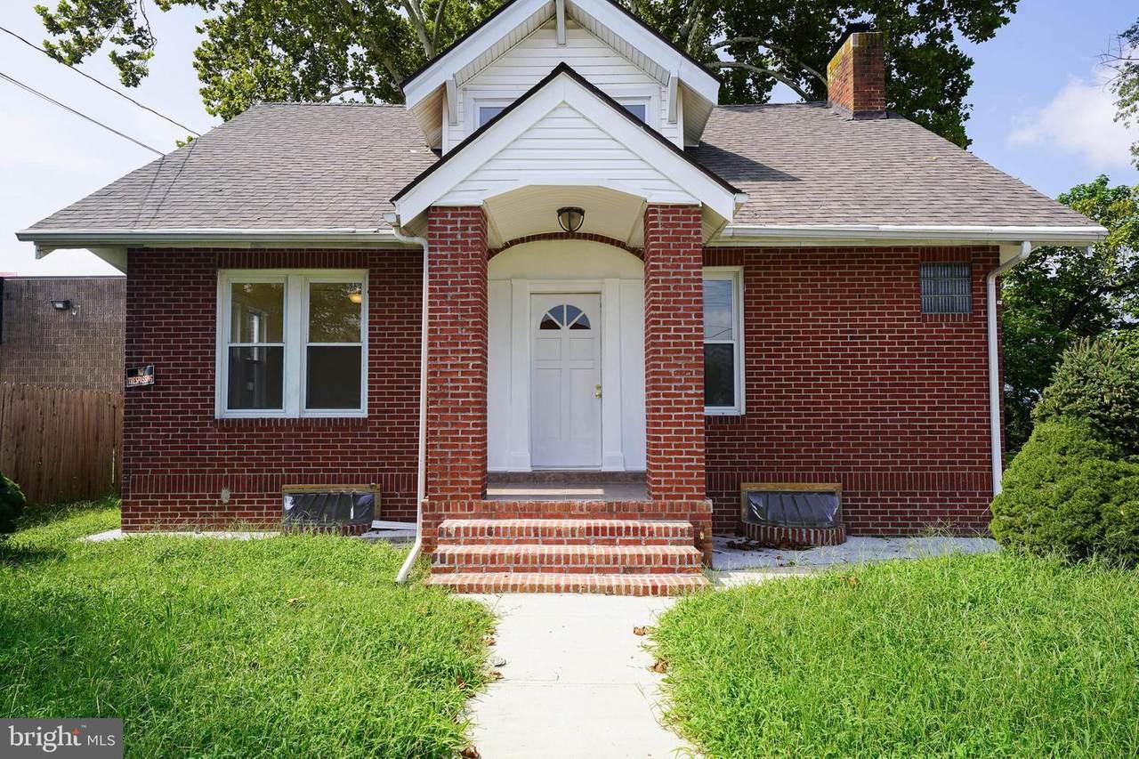 104 Bridgeview Street - Photo 1