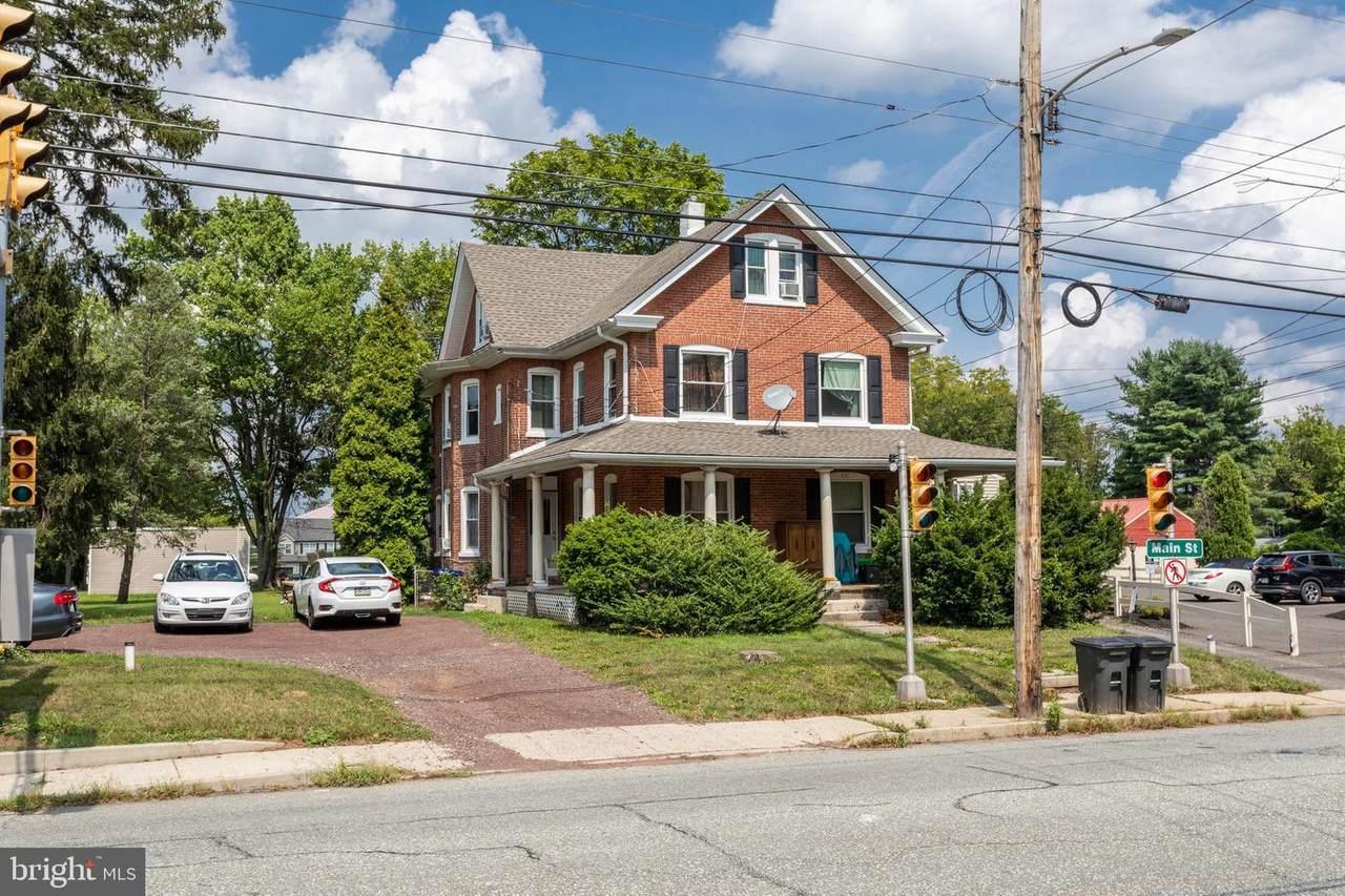 439 Main Street - Photo 1