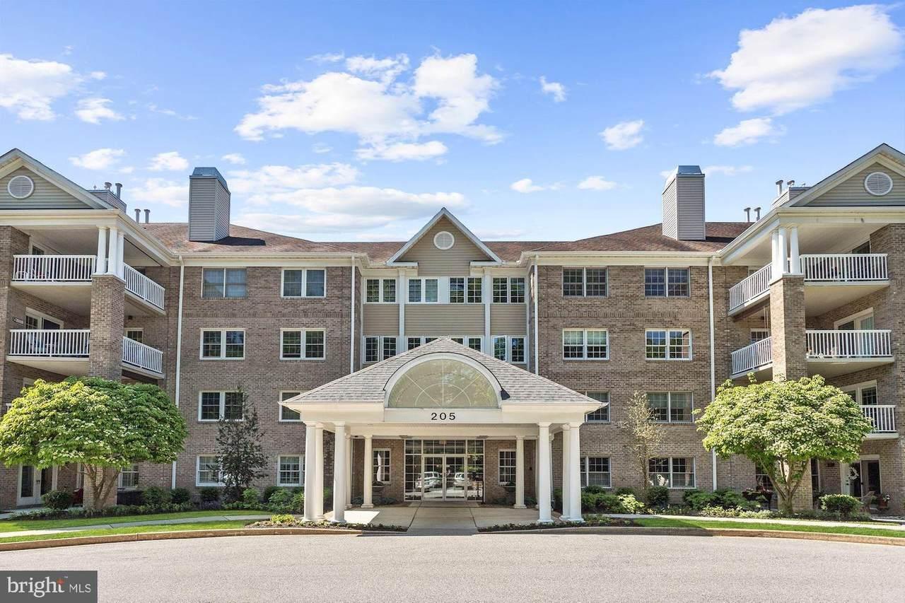 205 Belmont Forest Court - Photo 1