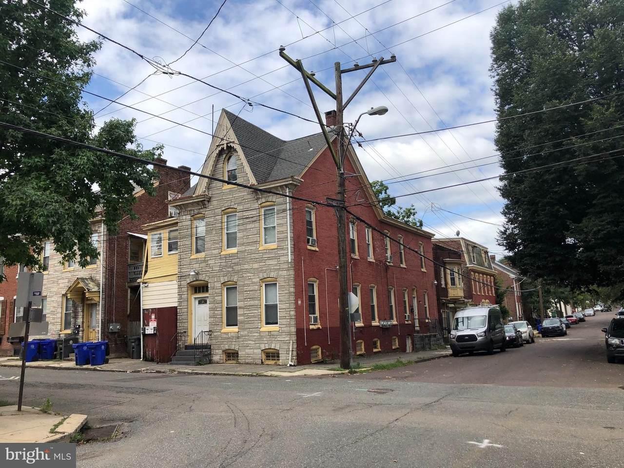 79 Evans Street - Photo 1