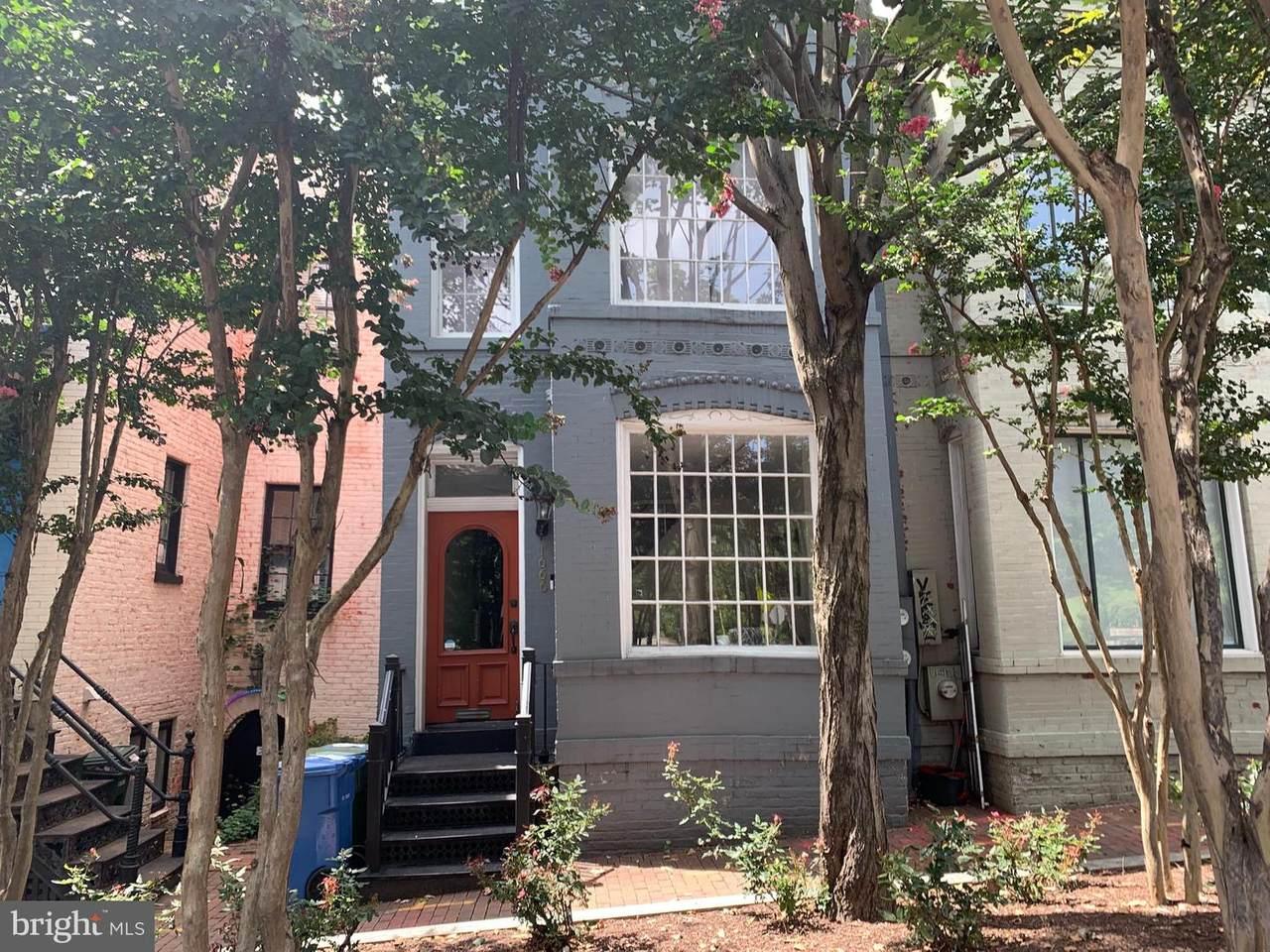 1666 33RD Street - Photo 1