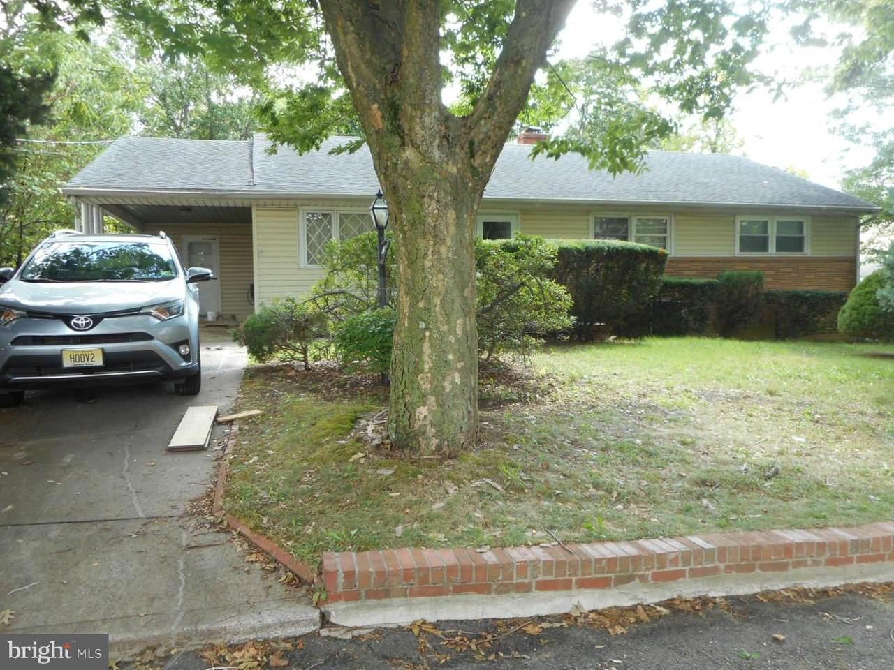 610 Chestnut Avenue - Photo 1