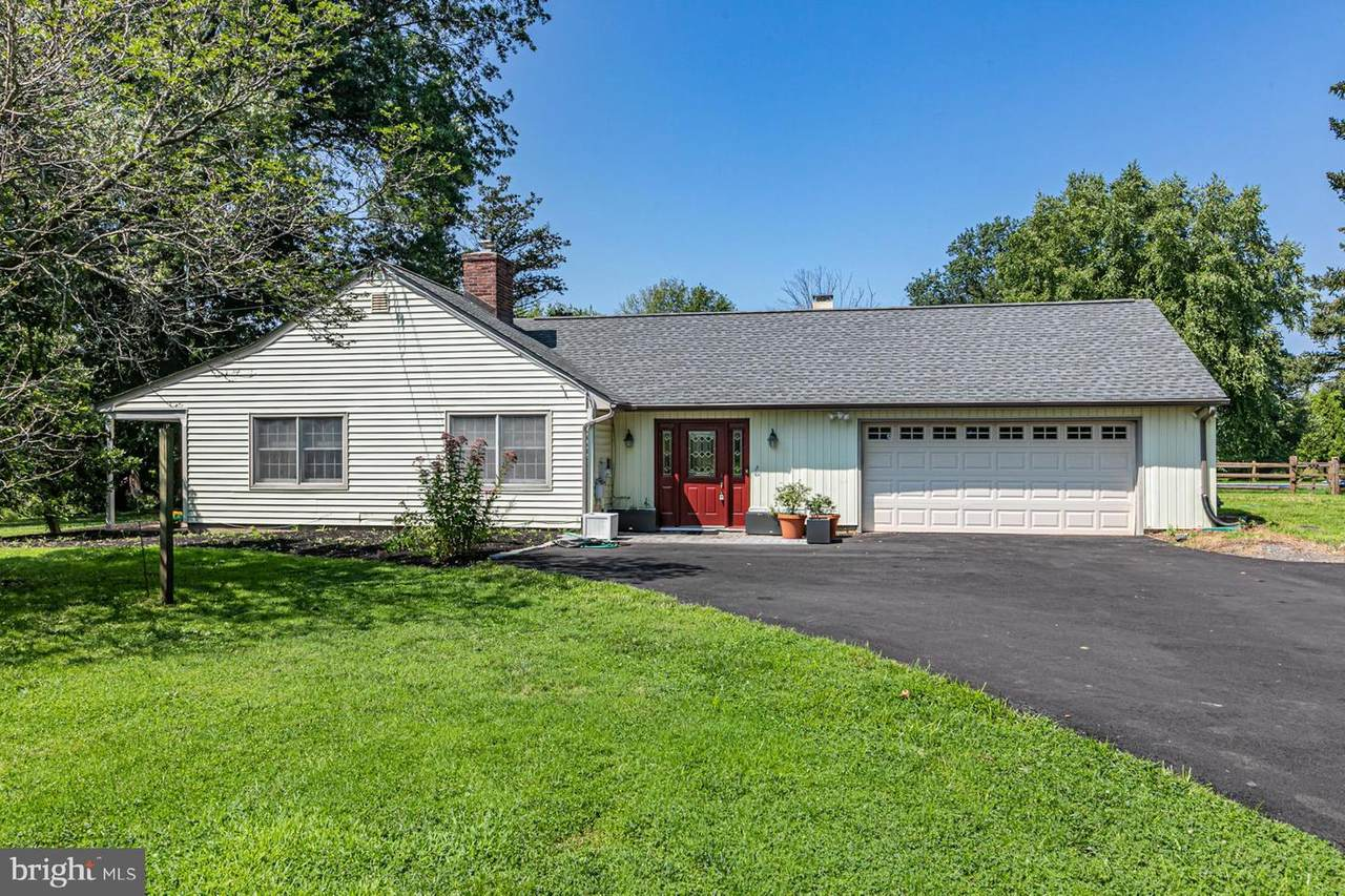 1146 Wrightstown Road - Photo 1