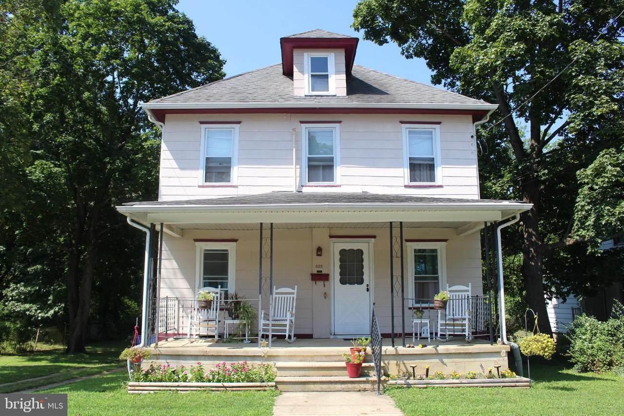 428 Broad Street - Photo 1