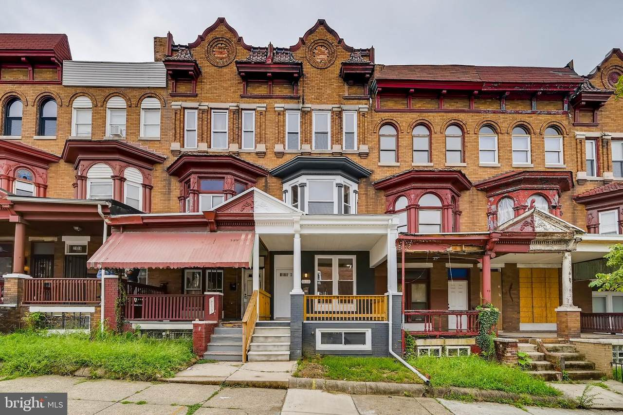 2115 Homewood Avenue - Photo 1