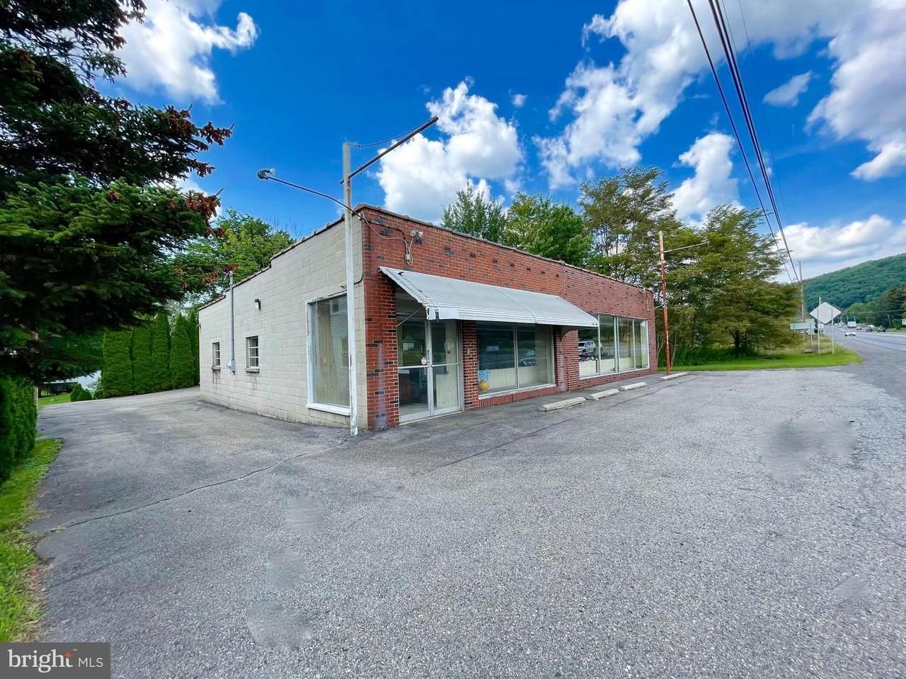 1719 Claremont Avenue - Photo 1