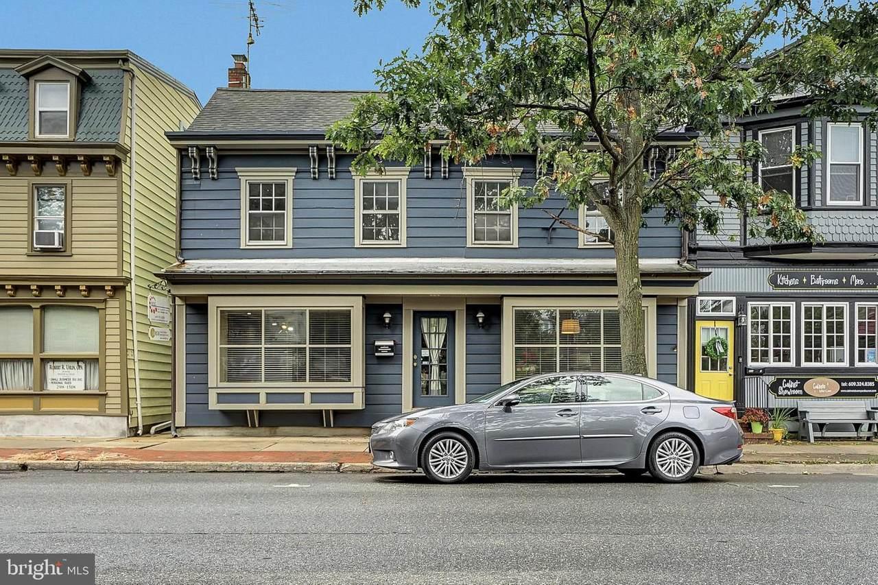 306 Farnsworth Avenue - Photo 1