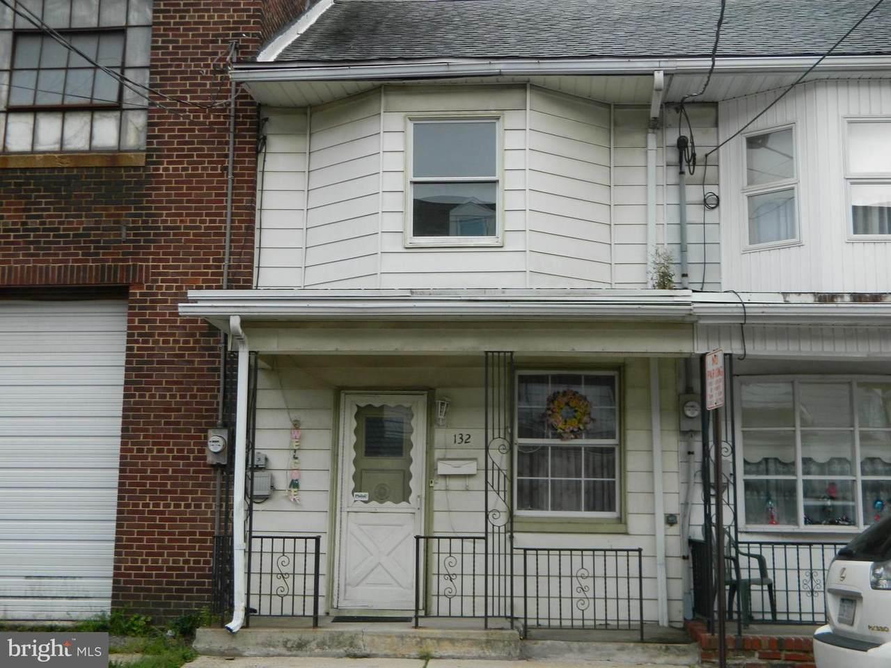 132 White Street - Photo 1