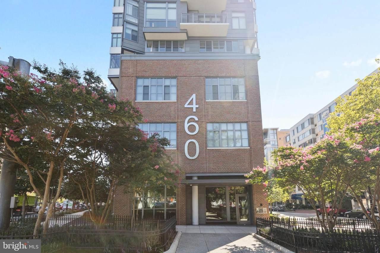 460 New York Avenue - Photo 1