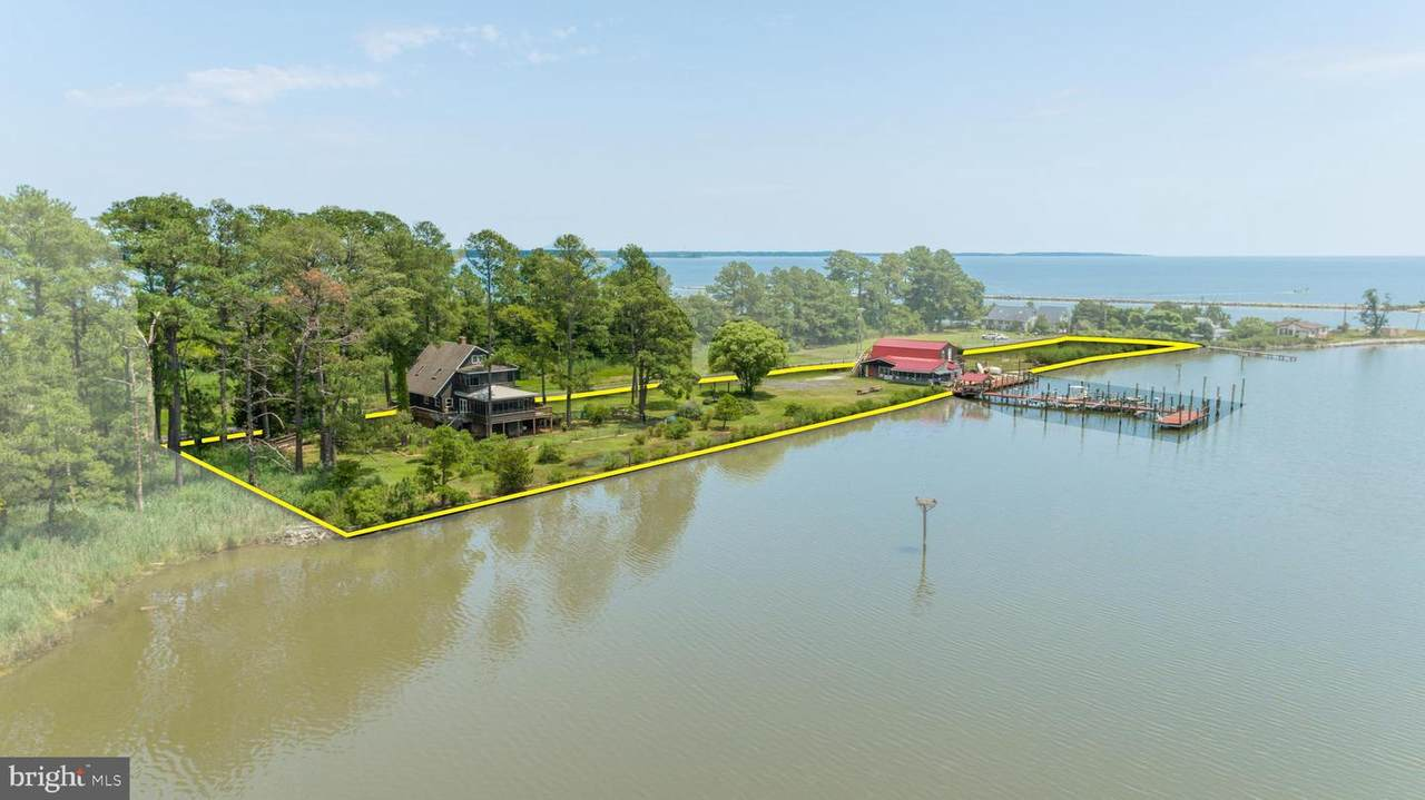 16127 Piney Point Road - Photo 1