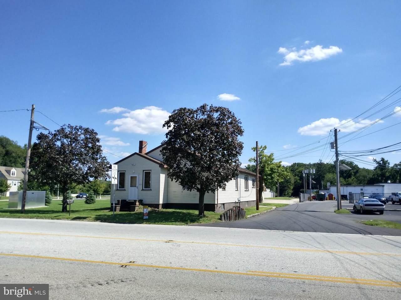 1153 Marlkress Road - Photo 1