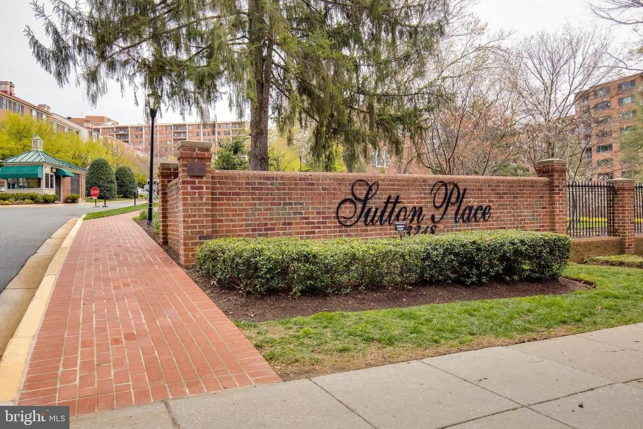 3273 Sutton Place - Photo 1