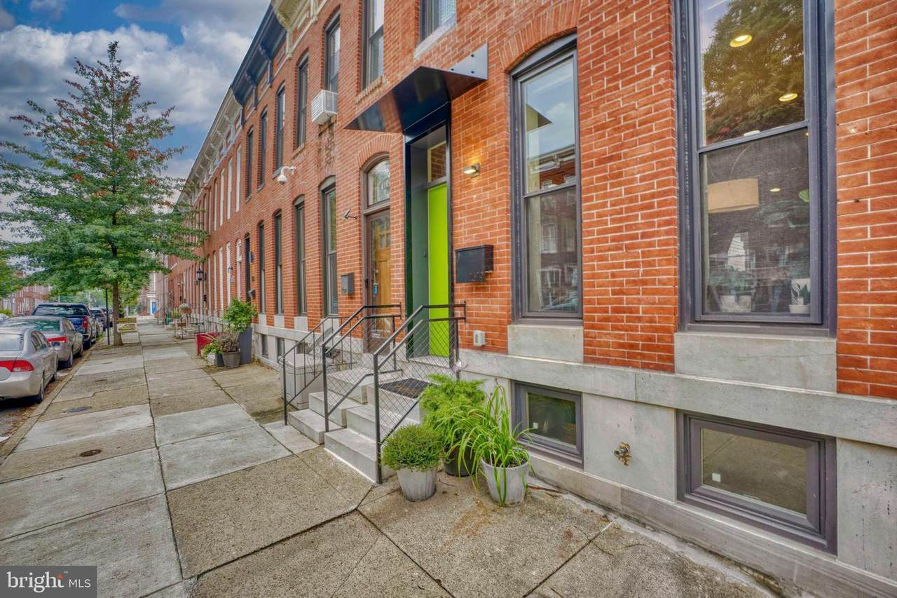 1619 Charles Street - Photo 1