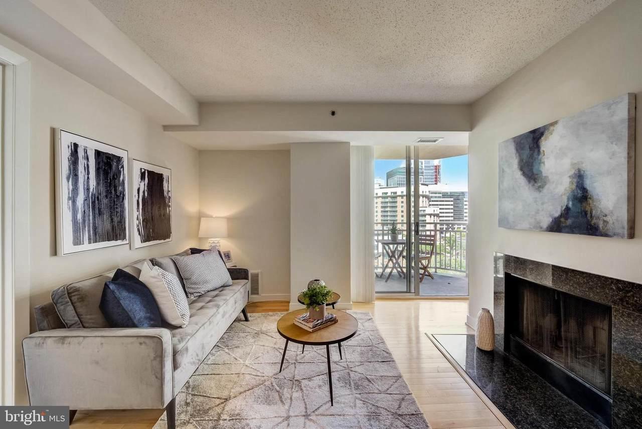 7500 Woodmont Avenue - Photo 1