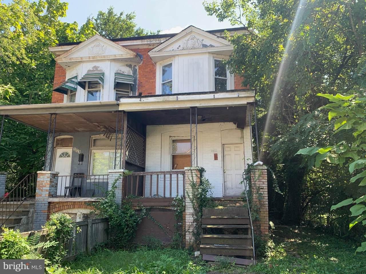 3029 Oakley Avenue - Photo 1