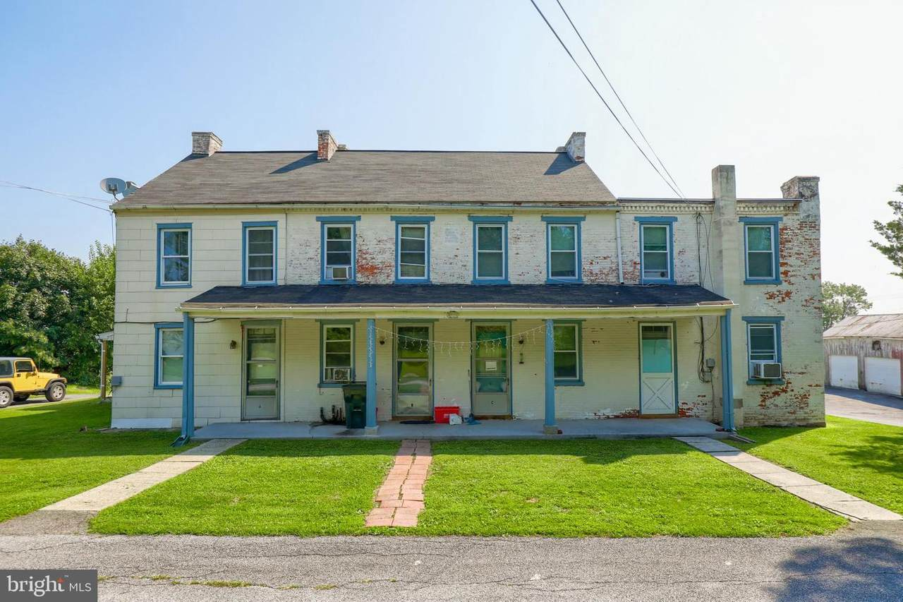 855 Pearl Avenue - Photo 1