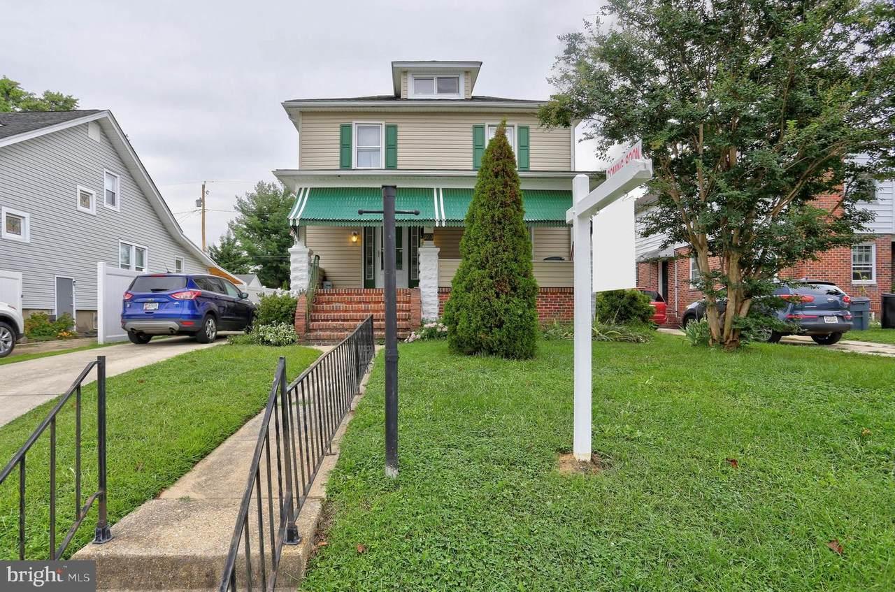 1033 Beechfield Avenue - Photo 1